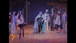 Georgians Stage 'Silent Shakespeare' With Acrobatics, Dance