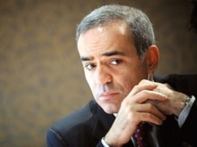 France -- Garry Kasparov at a press conference in Paris, 21Nov2007