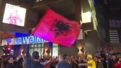 Slavlje na ulicama Prištine