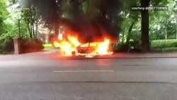 Hamburg: Protestuesit u vënë zjarrin makinave