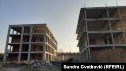 Spitali i papërfunduar në Graçanicë.