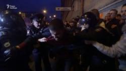 Задержания на акции в поддержку Навального в Петербурге