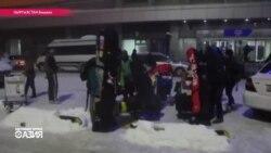 Таможня КР не пропускает благотворительный груз - три тонны лыжной экипировки